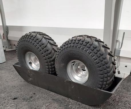 Bronco Plastbelag till timmervagn, parvis